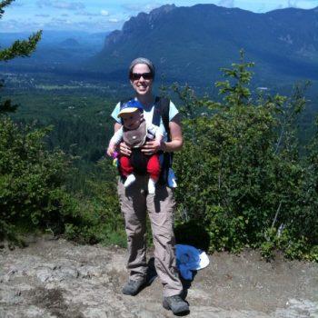 WASHINGTON, USA: Momma on the Mountain