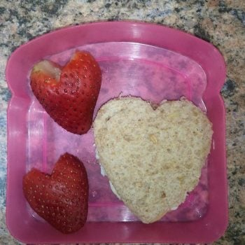 Saturday Sidebar: What do you typically feed your kid(s) for lunch?