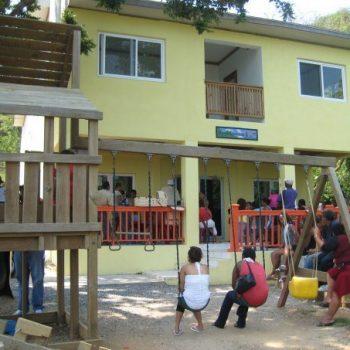 SOCIAL GOOD: Clinica Esperanza: A place of hope