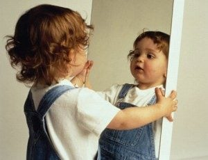 Source: http://www.mariefrance.fr/psycho/coaching/famille-nos-enfants-sont-nos-miroirs-32628.html